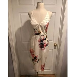 Misguided Floral Midi Dress NWOT